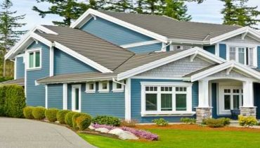 How to Clean Vinyl Siding Without Scrubbing